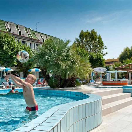 Hotel Bellaria Igea Marina Rimini romagna con piscina per bambini