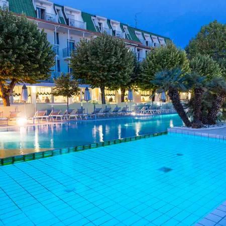 Hotel Rimini con piscina in romagna